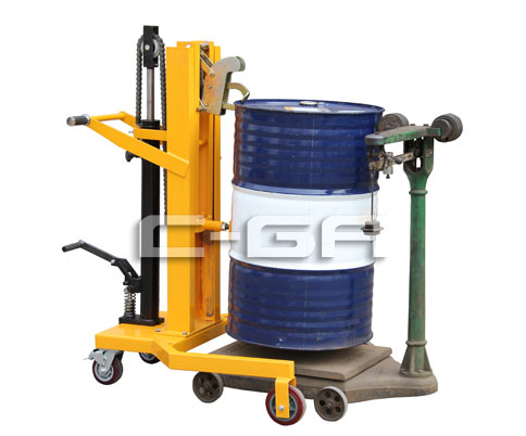 脚踏式液压油桶搬运车